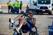 De avondrun op de vrijdagavond. Het Human Power Team Delft en Amsterdam, dat bestaat uit studenten van de TU Delft en de VU Amsterdam, is in Amerika om tijdens de World Human Powered Speed Challenge in Nevada een poging te doen het wereldrecord snelfietsen voor vrouwen te verbreken met de VeloX 9, een gestroomlijnde ligfiets. Op 10 september 2019 verbreekt het team met Rosa Bas het record met 122,12 km/u. De Canadees Todd Reichert is de snelste man met 144,17 km/h sinds 2016.<br /> <br /> With the VeloX 9, a special recumbent bike, the Human Power Team Delft and Amsterdam, consisting of students of the TU Delft and the VU Amsterdam, wants to set a new woman's world record cycling in September at the World Human Powered Speed Challenge in Nevada. On 10 September 2019 the team with Rosa Bas a new world record with 122,12 km/u.  The fastest man is Todd Reichert with 144,17 km/h.