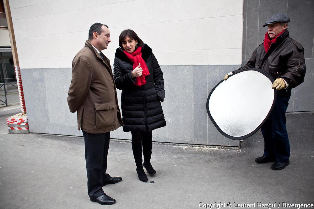 13022013. Les Lilas. Point presse d'Anne Hidalgo avec plusieurs maires et élus du Grand Paris pour présenter un appel pour l'avenir de la métropole parisienne.