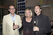 Yoo party. Hall Rd. London NW8. 28 September 2000. © Copyright Photograph by Dafydd Jones 66 Stockwell Park Rd. London SW9 0DA Tel 020 7733 0108 www.dafjones.com<br />James Murdoch, Elizabeth Murdoch and Mathew Freud. Yoo party. Hall Rd. London NW8. 28 September 2000. © Copyright Photograph by Dafydd Jones 66 Stockwell Park Rd. London SW9 0DA Tel 020 7733 0108 www.dafjones.com