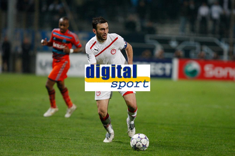 FOOTBALL - UEFA CHAMPIONS LEAGUE 2011/2012 - GROUP STAGE - GROUP F - OLYMPIQUE MARSEILLE v OLYMPIACOS - 23/11/2011 - PHOTO PHILIPPE LAURENSON / DPPI - VASSILIS TOROSSIDIS (OLY)