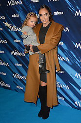 Tamara Ecclestone und Tochter bei der BAFTA Premiere von Moana in London / 201116 ***Celebrities arrive on the red carpet to attend the British Academy (BAFTA) screening on upcoming animated film 'Moana' in London on november 20th, 2016***
