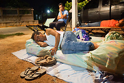 September 9, 2017 - Juchitan, Oaxaca, Mexico - The Lopez Villanueva family sleeps in the open for fear of aftershocks, after a powerful 8.2 magnitude earthquake struck off Mexico's southern coast.. (Credit Image: © Edwin Hernandez/El Universal via ZUMA Wire)
