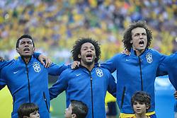 Paulinho, Marcelo e david Luiz na partida entre Brasil x Croácia, na abertura da Copa do Mundo 2014, no Estádio Arena Corinthians, em São Paulo. FOTO: Jefferson Bernardes/ Agência Preview