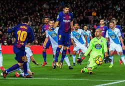 Diciembre 17, 2017 - Barcelona, Barcelona, Spain ..Partido de La Liga entre el FC Barcelona y el RC Deportivo disputado en el Camp Nou.  10) Messi (delantero) a punto de hacer gol ante (13) Rubén y (03) F.Navarro (Credit Image: © Joan Gosa/Xinhua via ZUMA Wire)