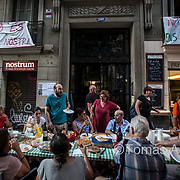 The interest in Barcelona has stimulated the appetite of real estate vulture funds, buying buildings with tenants included. After three years, when their contracts expire, these tenants are facing astronomical increases of their rent, or eviction. Residents are getting organised to fight against real estate mobbing.