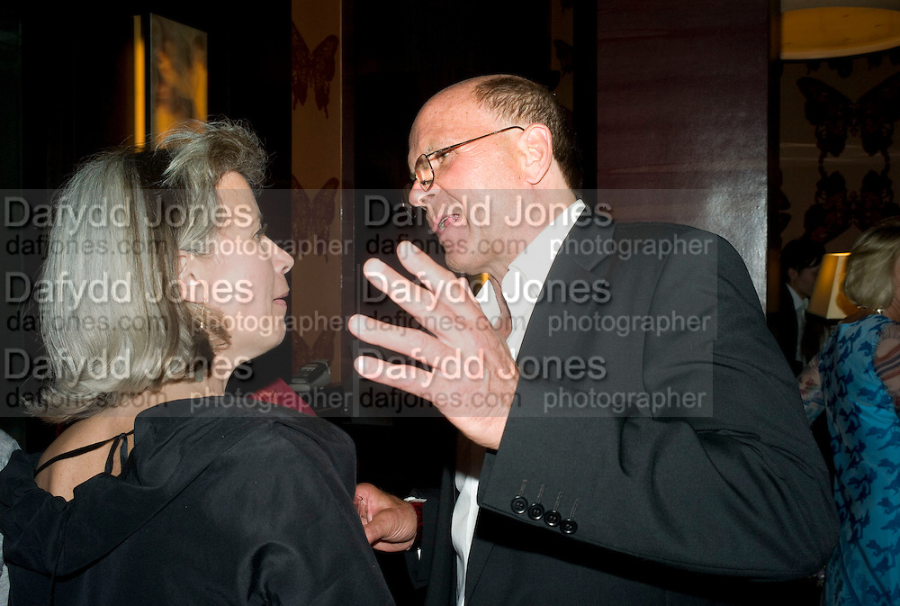 CRISTOBEL KENT AND ROGER ALTON, The launch of the new James Bond book Devil May Care, by Sebastian Faulks. 27 May at FIFTY, St James. London *** Local Caption *** -DO NOT ARCHIVE-© Copyright Photograph by Dafydd Jones. 248 Clapham Rd. London SW9 0PZ. Tel 0207 820 0771. www.dafjones.com.