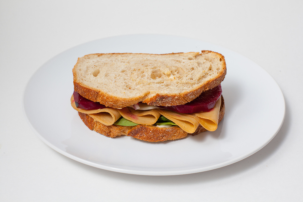 Tofurky, Spinach & Pickled Beet Sandwich from the fridge (m€) - COVID-19 Social Distancing