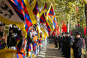 The visit drew a large crowd of human rights activists and Free Tibet campaigners. The visit to the Queen of the United Kingdom by Chinese President Xi Jinping, first state visit by China in 10 years.