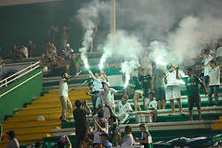 December 22, 2017 - BRazil - CHAPECO, SC - 22.12.2017: GAME OF THE STARS FRIENDS OF TITE X CARILL - Friends of Carille fans celebrate the goal of the team, for the match Amigos do Tite x Amigos do Carille. (Credit Image: © Fotoarena via ZUMA Press)