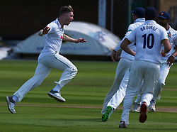 May 4, 2018 - Chelmsford, Greater London, United Kingdom - Essex's Simon Cook celebrates the catch of Yorkshire's Joe Root by Essex's Alistair Cook.during Specsavers County Championship - Division One, day one match between Essex CCC and Yorkshire CCC at The Cloudfm County Ground, Chelmsford, England on 04 May 2018. (Credit Image: © Kieran Galvin/NurPhoto via ZUMA Press)
