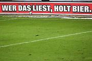 """Fussball: 2. Bundesliga, FC St. Pauli - Holstein Kiel, Hamburg, 09.01.2021<br /> Bandenwerbung, """"Wer das liest holt Bier"""", Astra<br /> © Torsten Helmke"""