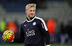 Kasper Schmeichel of Leicester City during the warm up  - Mandatory byline: Jack Phillips/JMP - 07966386802 - 29/12/2015 - SPORT - FOOTBALL - Leicester - King Power Stadium - Leicester City v Manchester City - Barclays Premier League