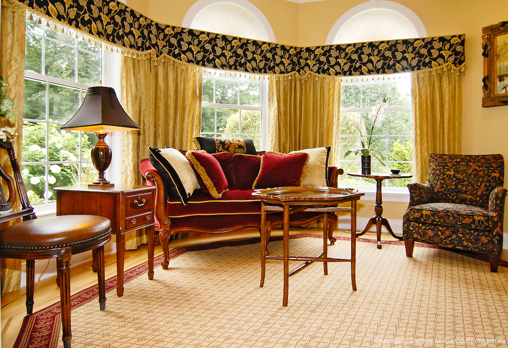 Sunny Sitting Room - Old Saybrook, CT