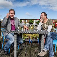 Nederland, Amsterdam, 3 oktober 2016.<br />De geestige interviewer / cabaretier / gastheer / mensenvriend Erik van Muiswinkel wil wel eens weten waarom iemand een film maakt. De naar erkenning hakende Justus van Oel, die overigens van mening is dat het publiek helemaal niet zo dom is als men denkt, is vastbesloten zijn verhaal te doen. Ooit deden ze samen cabaret. Nu helpt Erik van Muiswinkel zijn oude vriend en ex-collega Justus om een filmscript (het bestaat echt!) aan de man te brengen.<br /><br /><br /><br />Foto: Jean-Pierre Jans