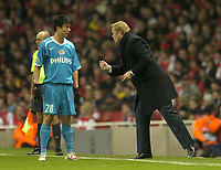 Photo: Olly Greenwood.<br />Arsenal v PSV Eindhoven. UEFA Champions League. Last 16, 2nd Leg. 07/03/2007. PSV manager Ronald Koemann and Sun Xiang