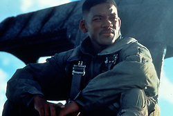 1996, Film Title: INDEPENDENCE DAY, Studio: FOX, Pictured: LOOKING AWAY, CONTEMPLATIVE, SITTING, AIRFORCE UNIFORM, 1996, ALIEN INVASION, SCI-FI. (Credit Image: SNAP/ZUMAPRESS.com) (Credit Image: © SNAP/Entertainment Pictures/ZUMAPRESS.com)