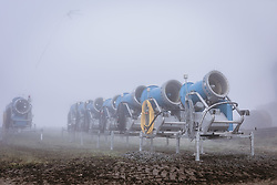 THEMENBILD - Schneekanonen im Nebel, aufgenommen am 11. Oktober 2019, Kaprun, Österreich // Snow Making Machines in the Fog on 2019/10/11, Kaprun, Austria. EXPA Pictures © 2019, PhotoCredit: EXPA/ JFK