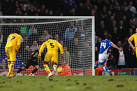 Photo: Ashley Pickering.<br />Ipswich Town v Burnley. Coca Cola Championship. 02/12/2006.<br />Ipswich's Alan Lee (blue) scores a penalty equaliser
