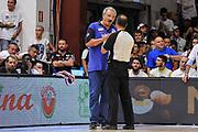 DESCRIZIONE : Campionato 2014/15 Serie A Beko Dinamo Banco di Sardegna Sassari - Grissin Bon Reggio Emilia Finale Playoff Gara6<br /> GIOCATORE : Romeo Sacchetti Tolga Sahin<br /> CATEGORIA : Fair Play<br /> SQUADRA : Dinamo Banco di Sardegna Sassari<br /> EVENTO : LegaBasket Serie A Beko 2014/2015<br /> GARA : Dinamo Banco di Sardegna Sassari - Grissin Bon Reggio Emilia Finale Playoff Gara6<br /> DATA : 24/06/2015<br /> SPORT : Pallacanestro <br /> AUTORE : Agenzia Ciamillo-Castoria/C.Atzori