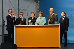 26.08.2013, Zwickau, GER, CD Wahlkampf, Bundeskanzlerin Angela Merkel besucht Zwickau, im Bild Bundeskanzlerin Angela Merkel (CDU, Mitte) bei ihrem Wahlkampfauftritt // during German Chancellor Angela Merkel visited Zwickau occasion of the CDU election program, Germany on 2013/08/26. EXPA Pictures © 2013, PhotoCredit: EXPA/ Eibner/ Bert Harzer<br /> <br /> ***** ATTENTION - OUT OF GER *****