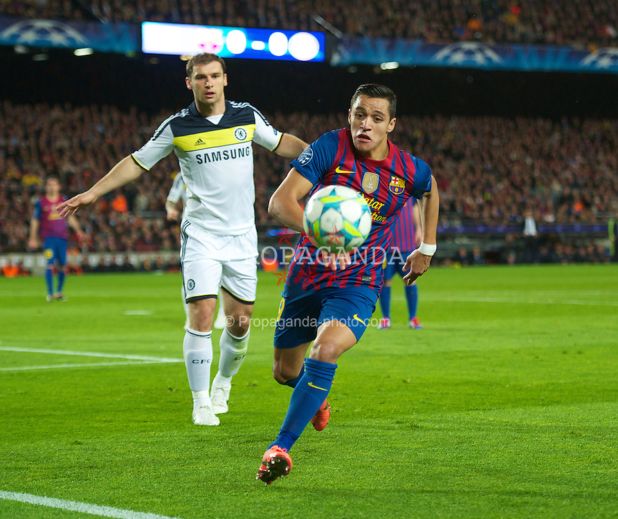 BARCELONA, SPAIN - Tuesday, April 24, 2012: FC Barcelona's Alexis Sanchez in action against Chelsea during the UEFA Champions League Semi-Final 2nd Leg match at the Camp Nou. (Pic by David Rawcliffe/Propaganda)