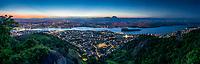 Brasil - ES - Vitoria - Panoramica - Vista do Parque da Fonte Grande com a Grande Santo Antonio com a cidade de Cariacica e Moxuara ao fundo ao anoitecer. Foto David Protti