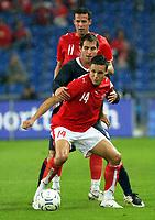 Fotball<br /> Sveits<br /> 2007<br /> Foto: EQ Images/Digitalsport<br /> NORWAY ONLY<br /> <br /> David Degen und Marco Streller (SUI) gegen Carlos Bocanegra (USA)