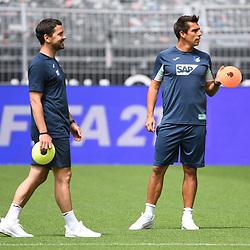 27.06.2020, xmeix, 1.Fussball Bundesliga, Borussia Dortmund - TSG 1899 Hoffenheim, empor. v.l.n.r, <br /> Hoffenheim Trainerteam mit Kai Herdling  und Hoffenheims Marcel Rapp<br /> <br /> <br /> <br /> Foto: Sascha Meiser/APF/Pool/PIX-Sportfotos<br /> <br /> Nur für journalistische Zwecke!<br /> Only for editorial use!<br /> Nutzungsbedingungen: http://poolbilder.de/nutzungsvereinbarung.pdf<br /> <br /> Foto © PIX-Sportfotos *** Foto ist honorarpflichtig! *** Auf Anfrage in hoeherer Qualitaet/Aufloesung. Belegexemplar erbeten. Veroeffentlichung ausschliesslich fuer journalistisch-publizistische Zwecke. For editorial use only. DFL regulations prohibit any use of photographs as image sequences and/or quasi-video.
