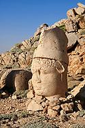 Statue head of Antiochus in front of the stone pyramid 62 BC Royal Tomb of King Antiochus I Theos of Commagene, east Terrace, Mount Nemrut or Nemrud Dagi summit, near Adıyaman, Turkey