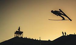 29.09.2018, Energie AG Skisprung Arena, Hinzenbach, AUT, FIS Ski Sprung, Sommer Grand Prix, Hinzenbach, im Bild Shohei Tochimoto (JPN) // Shohei Tochimoto of Japan during FIS Ski Jumping Summer Grand Prix at the Energie AG Skisprung Arena, Hinzenbach, Austria on 2018/09/29. EXPA Pictures © 2018, PhotoCredit: EXPA/ JFK