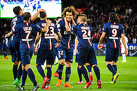 Joie David LUIZ / groupe PSG - 28.04.2015 - Paris Saint Germain / Metz - Match en retard - 32eme journee Ligue 1<br />Photo : Nolwenn Le Gouic / Icon Sport