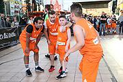 Basketball: ING-DiBa German Championship 3x3, Deutsche Meisterschaft, Hamburg, 05.08.2017<br /> Charity-Spiel: Schauspieler Carsten Spengemann (l.)<br /> (c) Torsten Helmke