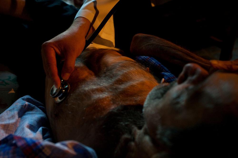Itaguara_MG, Brasil...Atendimento medico em zona rural de Itaguara, Minas Gerais...Medical care in rural area in Itaguara, Minas Gerais...Foto: JOAO MARCOS ROSA / NITRO.