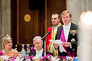 Staatsbezoek aan Nederland van Zijne Majesteit Koning Filip der Belgen vergezeld door Hare Majesteit Koningin <br /> Mathilde aan Nederland.<br /> <br /> State Visit to the Netherlands of His Majesty King of the Belgians Filip accompanied by Her Majesty Queen<br /> Mathilde Netherlands<br /> <br /> op de foto / On the photo: Staatsbanket in Koninklijk Paleis Amsterdam  met koning Willem Alexander  ////  State Banquet at the Royal Palace in Amsterdam with King Willem Alexander