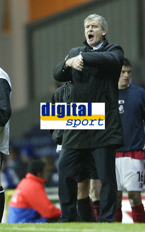 Photo. Aidan Ellis.Digitalsport<br /> Blackburn Rovers v Bournemouth.<br /> Carling Cup 2nd round.<br /> 22/09/2004.<br /> Blackburn's manager Mark Hughes complains to the referee about Bournemouth's time wasting as the game goes into extra time