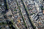 Nederland, Amsterdam, Nieuwmarkt, 25-09-2002; links de Nieuwmarkt met Waag, naar boven Kloveniersburgwal en naar onder Geldersekade; midden rechts Oude Kerk te midden van de Wallen grenzend aan de Oudezijds Voorburgwal, de smallere gracht links hiervan is de Oudezijds Achterburgwal;  stadsplein, binnenstad, monumenten, bebouwing, stadsgezicht, vogelvlucht; prostitutie, red light district, toerisme, zie ook andere (detail)foto's rond deze lokatie;..left: Nieuwmarkt links with the Waag; right: Oude Kerk (Old Church) in the middle of the Red Light District; Town, Town, monuments, buildings, cityscape, bird's-eye view ; Prostitution, red light district, tourism;<br /> luchtfoto (toeslag), aerial photo (additional fee)<br /> foto /photo Siebe Swart