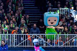 12-01-2019 NED: ISU European Short Track Championships 2019 day 2, Dordrecht<br /> Sfeer, Optisport Dordrecht, entertainment, lightshow, support, mascot
