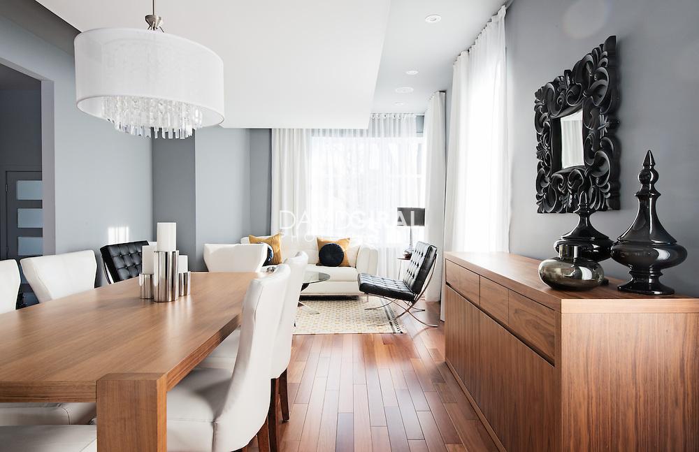 Interiors Photography: Contemporary home by Kim Lapointe Designer & Urbanico, Laval, Quebec