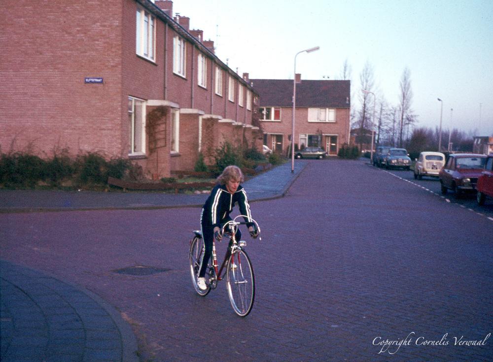 Cornelis op de racefiets.