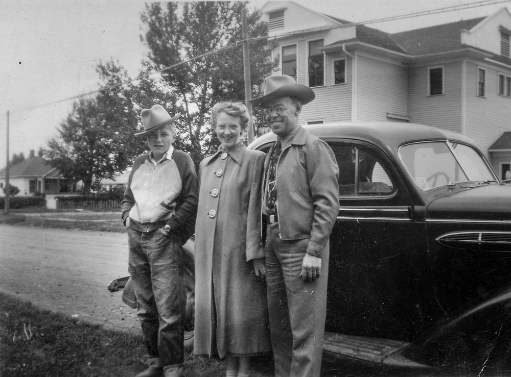 Daniel & Frances Siemens (Hoge) 1951