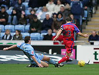 Photo: Lee Earle.<br /> Coventry City v Crystal Palace. Coca Cola Championship. 13/01/2007. Palace's Carl Fletcher (R) scores their first.