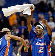 3/26/06 -MINNEAPOLIS,MN-  FLORIDA VS VILLONOVA -   University of Florida  Corey Brewer celebrates after Florida advances to the final four. ( STAFF/SCOTT ISKOWITZ)