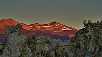 Mono Lake, South Tufa Area. Image taken with a Nikon D3 camera and 200 mm f/2 lens (ISO 400, 200mm, f/16, 1/60 sec).