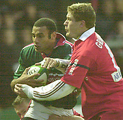 Leicester. ENGLAND. Welford Road. 14.12.2002. Pool Game in the<br /> European Heineken Cup Rugby <br /> Leicester Tigers vs Beziers<br /> Leon Lloyd -  left   [Mandatory Credit:Peter SPURRIER/Intersport Images]
