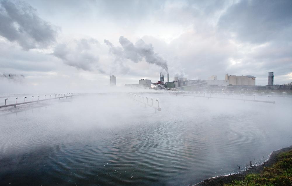 The flowing fields of the sugar factory in Hoogkerk // De vloeivelden van e suikerfabriek van Suikerunie in Hoogkerk (Groningen).