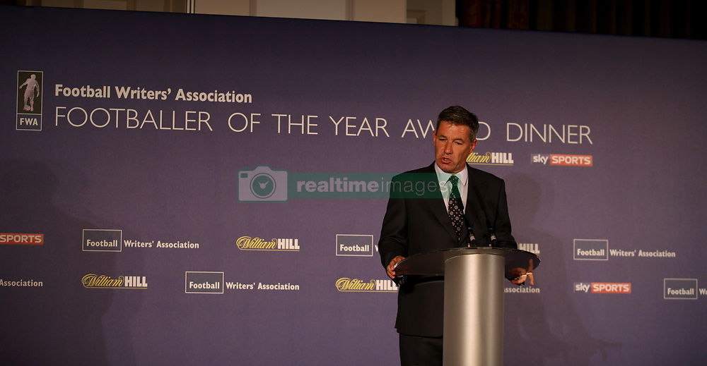 Andy Dunn gives a speech during the FWA Footballer of the Year Dinner at The Landmark Hotel, London. PRESS ASSOCIATION Photo. Picture date: Thursday May 18, 2017. Photo credit should read: Steven Paston/PA Wire.