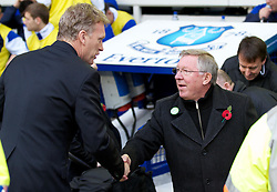 29.10.2011, Goodison Park, Liverpool, ENG, PL, Everton FC vs Manchester United FC, im Bild Everton's manager David Moyes and Manchester United's manager Alex Ferguson before the Premiership match at Goodison Park // during FA Premiere League Football match between Everton and vs Manchester United FC at Goodison Park, Liverpool, United Kingdom on 29/10/2011. EXPA Pictures © 2011, PhotoCredit: EXPA/ Propaganda Photo/ Vegard Grott +++++ ATTENTION - OUT OF ENGLAND/GBR+++++