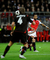 25-11-2009 VOETBAL: AZ - OLYNPIACOS<br /> Door het gelijke spel 0-0 in AZ uitgeschakeld in de Champions League / Jeremain Lens<br /> ©2009-WWW.FOTOHOOGENDOORN.NL