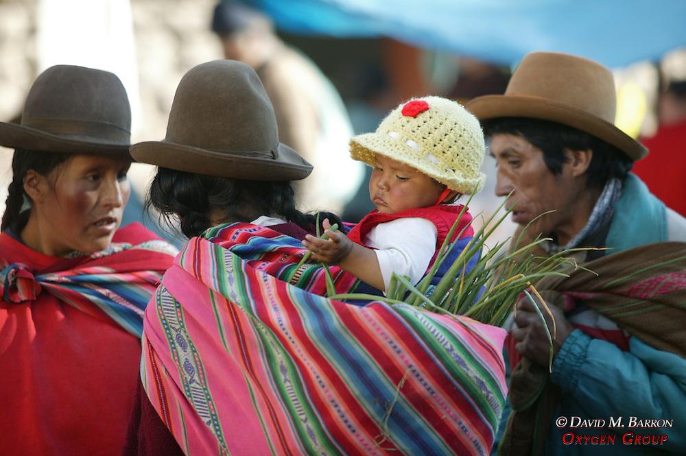 Pisco Market Shoppers