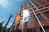15 AUG 2009, BERLIN/GERMANY:<br /> Gebaeude der Friedrich-Ebert-Stiftung, Hiroshimastrasse 28 / Ecke Reichspietschufer<br /> IMAGE: 20090815-01-013<br /> KEYWORDS: Gebäude, Haus, Buerohaus, Bürohaus